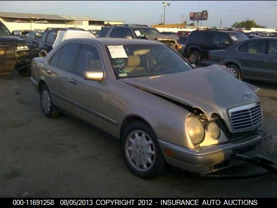 1996 MERCEDES-BENZ E320 - Small image. Stock# 11691258