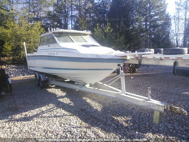 click here to view 1989 BAYLINER BOAT at IBIDSAFELY
