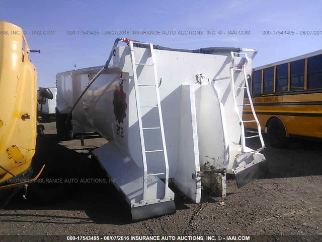 click here to view 2002 WESTERN TRAILERS 38