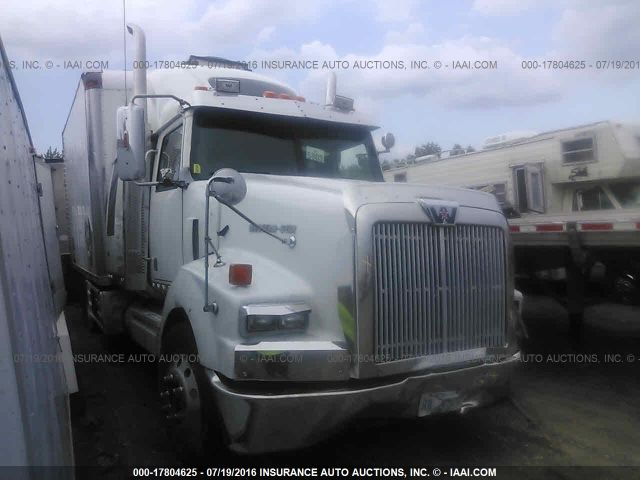 click here to view 2007 WESTERN STAR/AUTO CAR 4900 at IBIDSAFELY