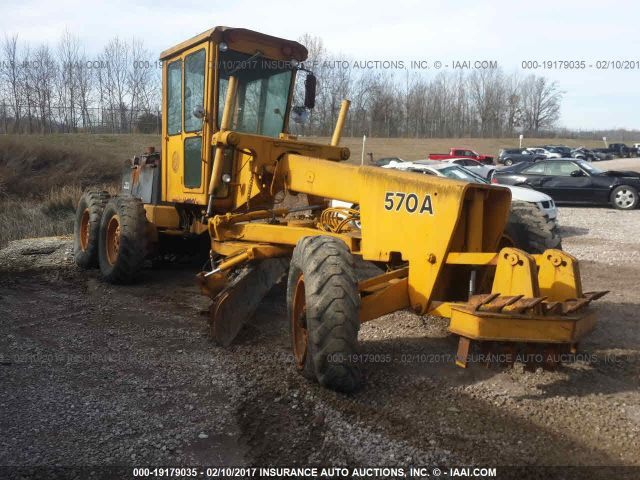 1975 JOHN DEERE 570A - Small image. Stock# 19179035