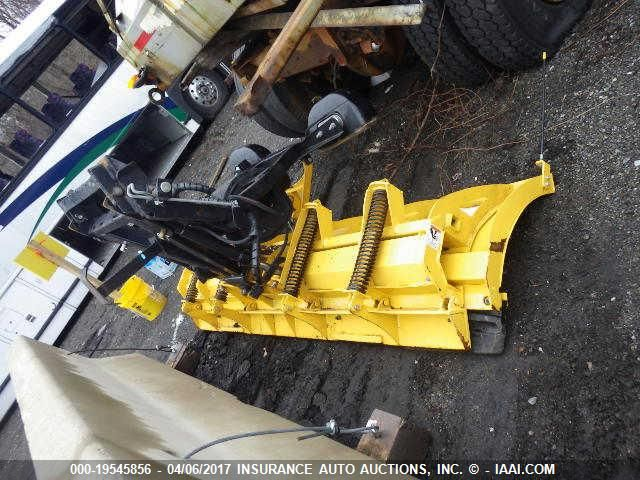 click here to view 2015 CATERPILLAR PLOW at IBIDSAFELY