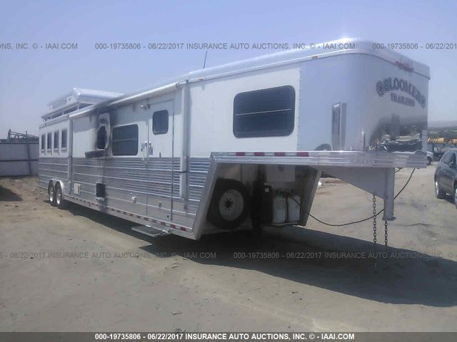 click here to view 2007 BLOOMER HORSE TRAILER at IBIDSAFELY