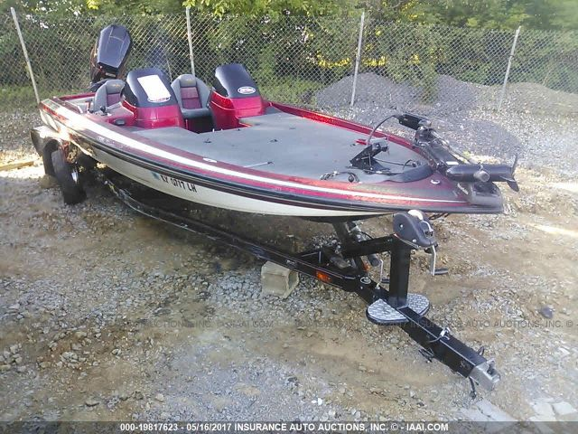 click here to view 2002 SKEETER 225 at IBIDSAFELY