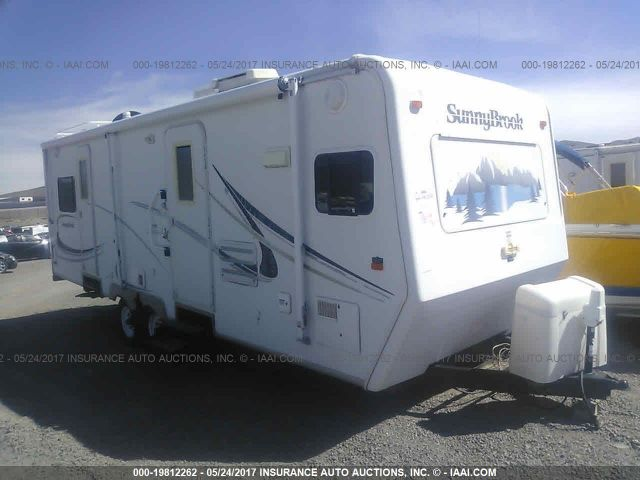 click here to view 2004 SUNNYBROOK TITAN 27 FKS at IBIDSAFELY