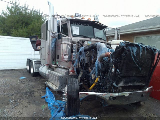 click here to view 2014 PETERBILT 388 at IBIDSAFELY