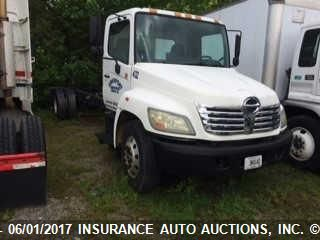 click here to view 2006 HINO 268A at IBIDSAFELY