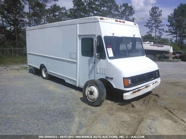 click here to view 2003 WORKHORSE CUSTOM CHASSIS FORWARD CONTROL C at IBIDSAFELY
