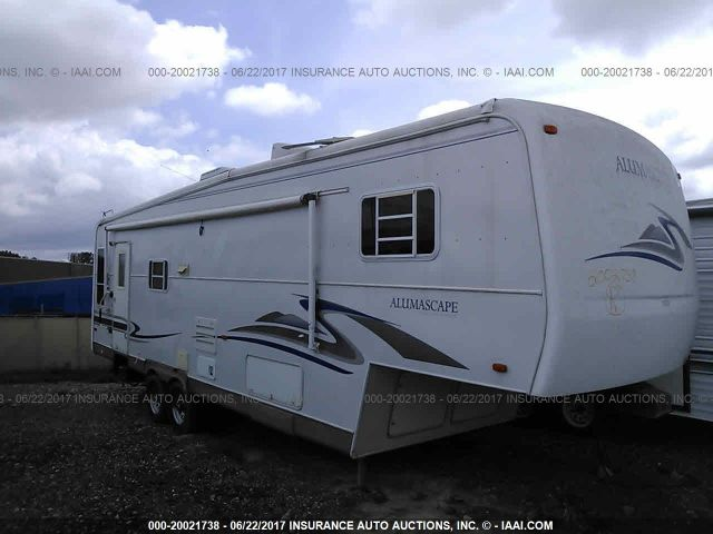 click here to view 2002 HOLIDAY RAMBLER ALUMASCAPE at IBIDSAFELY