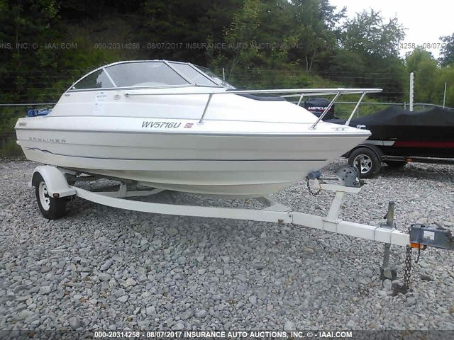 click here to view 2001 BAYLINER 1952 CUDDY at IBIDSAFELY