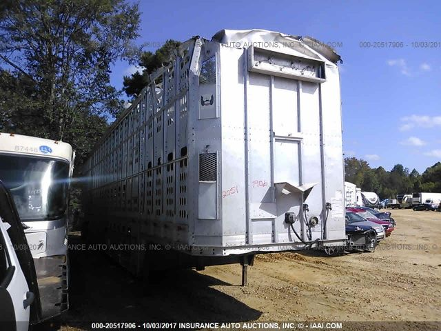 click here to view 2000 BARRETT TRAILERS INC LIVESTOCK TRAILER at IBIDSAFELY