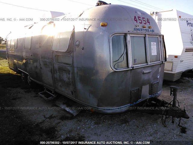 click here to view 1977 AIRSTREAM TRAVEL TRAILER at IBIDSAFELY