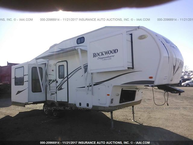 click here to view 2013 ROCKWOOD RLF8265WS at IBIDSAFELY