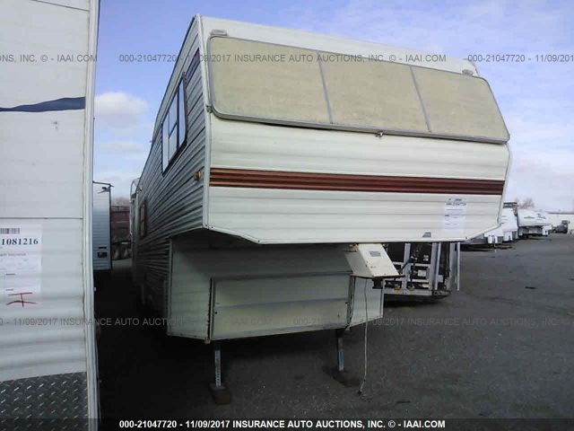 click here to view 1982 NU-WA 5TH WHEEL TRLR 19