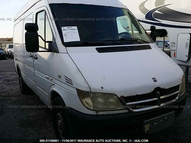 click here to view 2004 Sprinter 2500 Sprinter at IBIDSAFELY
