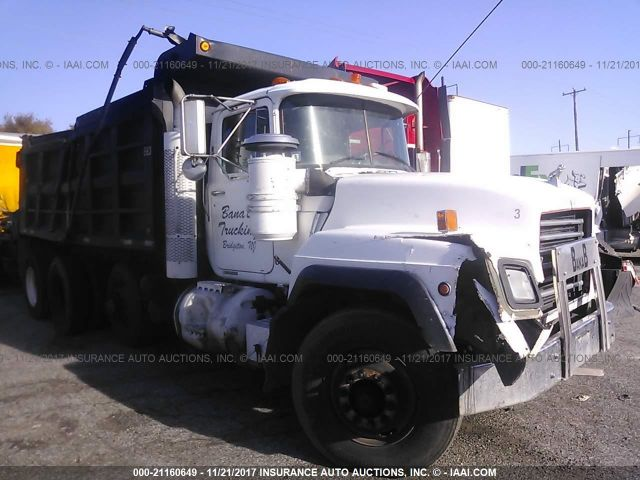 click here to view 2000 MACK RD688S at IBIDSAFELY
