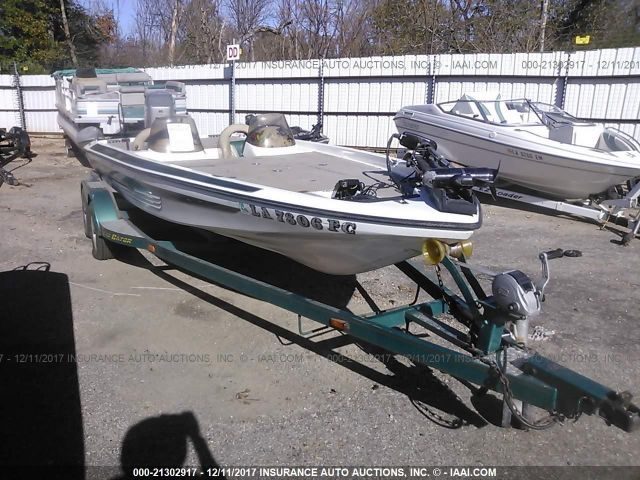 click here to view 2001 GATOR GATOR BOAT AND TRAILER at IBIDSAFELY