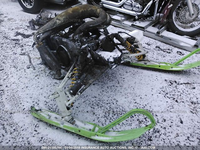 click here to view 2003 ARCTIC CAT SNOWMOBILE at IBIDSAFELY