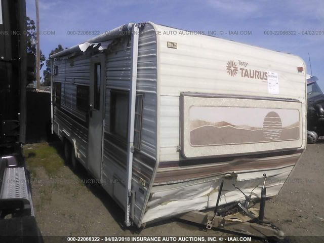 click here to view 1999 FLEETWOOD TERRY TAURUS at IBIDSAFELY