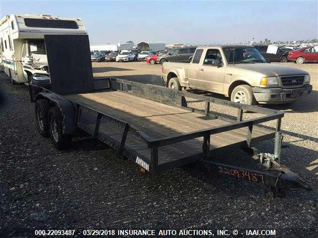 click here to view 2006 CARSON CARRIER FLATBED at IBIDSAFELY