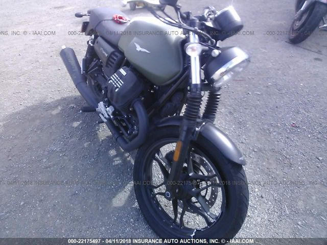 click here to view 2017 MOTO GUZZI V7 III at IBIDSAFELY