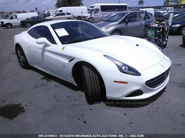 click here to view 2017 FERRARI CALIFORNIA T at IBIDSAFELY