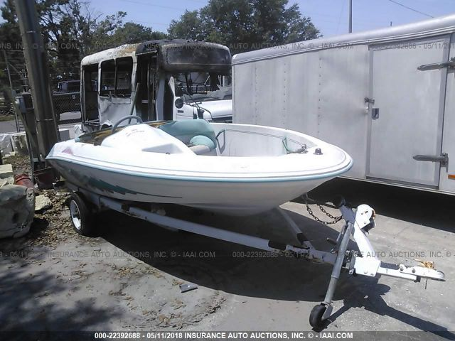 click here to view 1994 SEA RAY SEA RAYDER at IBIDSAFELY