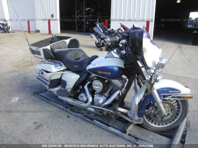 click here to view 2010 HARLEY-DAVIDSON FLHTCU at IBIDSAFELY