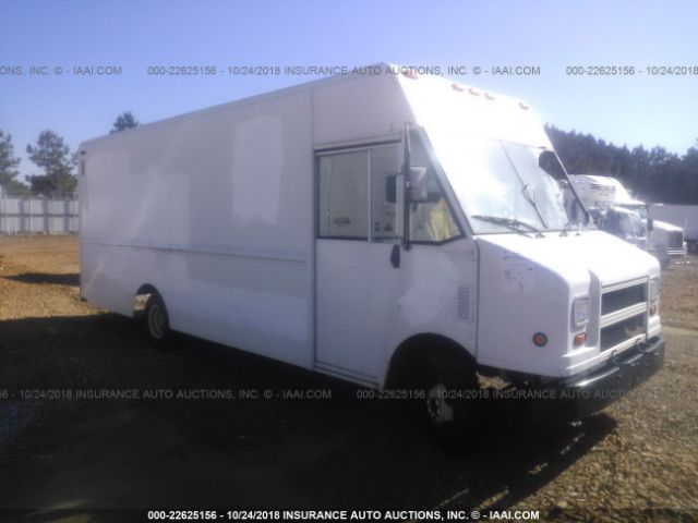 click here to view 2005 WORKHORSE CUSTOM CHASSIS FORWARD CONTROL C at IBIDSAFELY