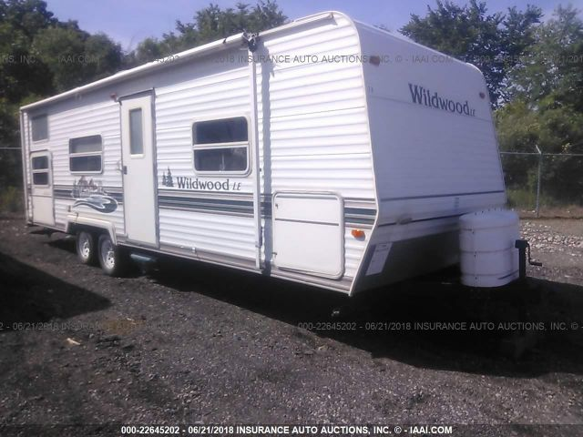click here to view 2004 FOREST RIVER WILDWOOD at IBIDSAFELY