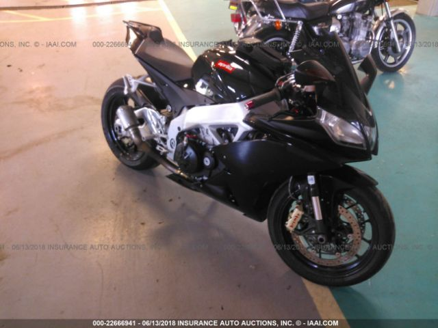 click here to view 2010 APRILIA RSV4 at IBIDSAFELY