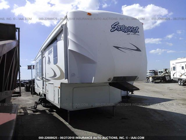 click here to view 2009 CEDARCREEK SIL32WRL at IBIDSAFELY