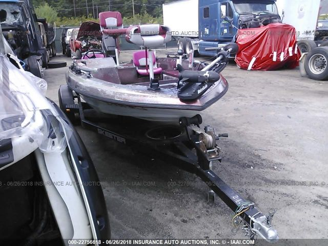 click here to view 1989 SKEETER FIBERGLASS at IBIDSAFELY