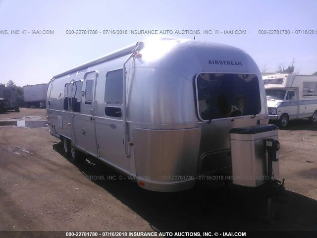 click here to view 2013 AIRSTREAM FLYGCLD at IBIDSAFELY