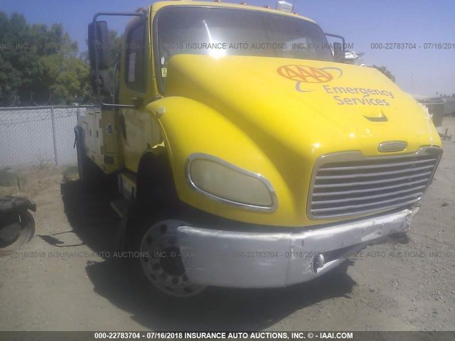 click here to view 2004 FREIGHTLINER M2 at IBIDSAFELY
