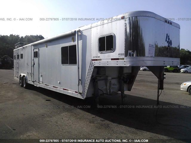 click here to view 1998 EXXISS ALUMINUM TRAILERS HORSE TRAILER at IBIDSAFELY