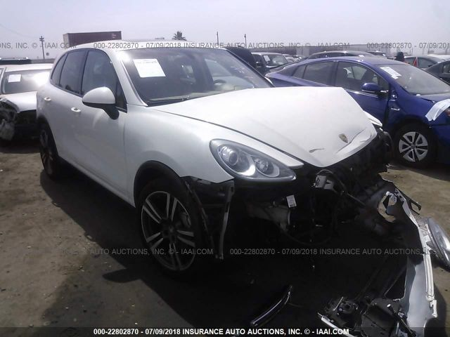 click here to view 2011 PORSCHE CAYENNE at IBIDSAFELY