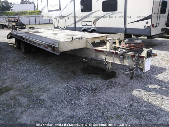 click here to view 2001 TRAIL KING EQUIPMENT TRAILER at IBIDSAFELY
