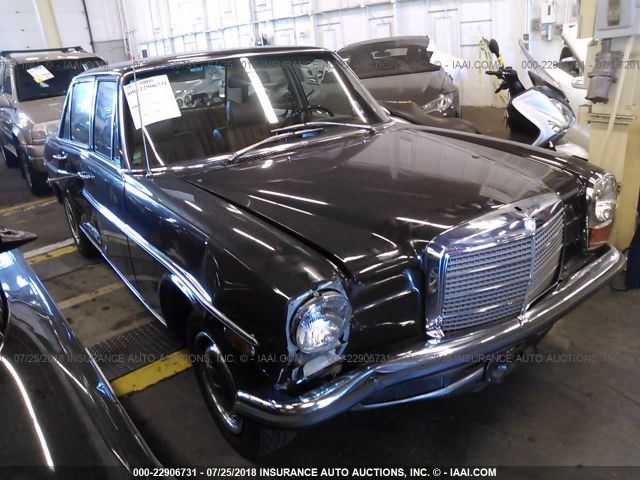 click here to view 1971 MERCEDES 220D at IBIDSAFELY