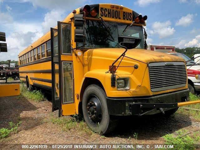 click here to view 2003 THOMAS SCHOOL BUS (FRTLNR FS65) at IBIDSAFELY