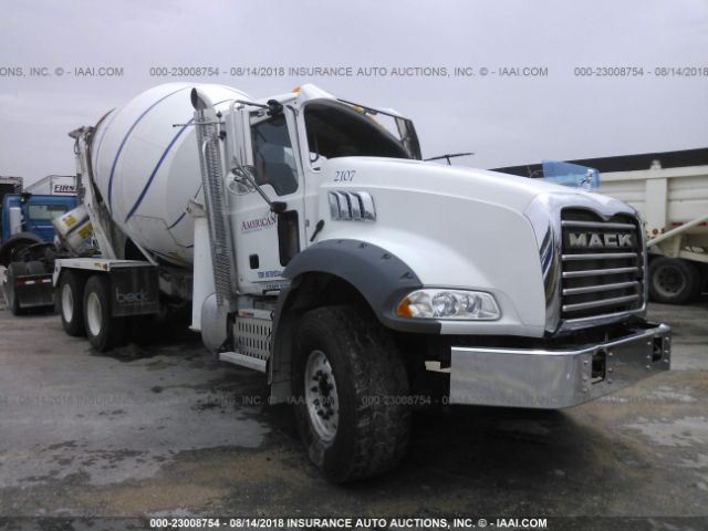 click here to view 2017 MACK GU813 at IBIDSAFELY