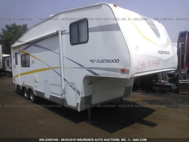 click here to view 2005 FLEETWOOD 240FQS at IBIDSAFELY