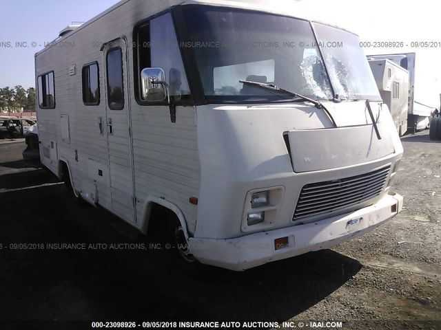 click here to view 1986 WINNEBAGO P30 at IBIDSAFELY