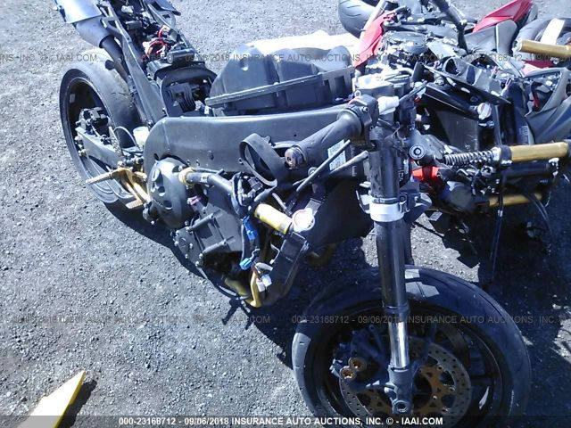 click here to view 2005 YAMAHA YZFR1 at IBIDSAFELY