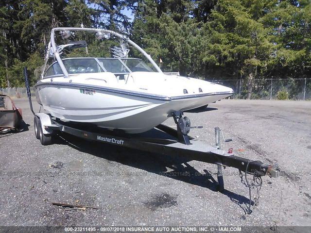 click here to view 2006 MASTERCRAFT X-STAR at IBIDSAFELY