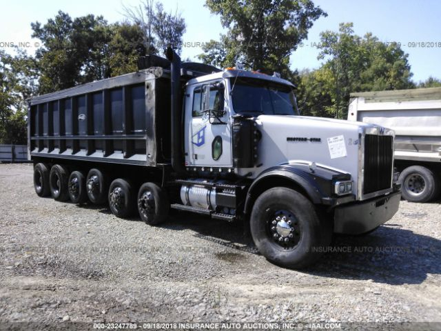 click here to view 2002 WESTERN STAR/AUTO CAR CONVENTIONAL at IBIDSAFELY