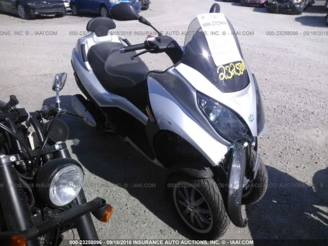 click here to view 2010 PIAGGIO MP3 at IBIDSAFELY