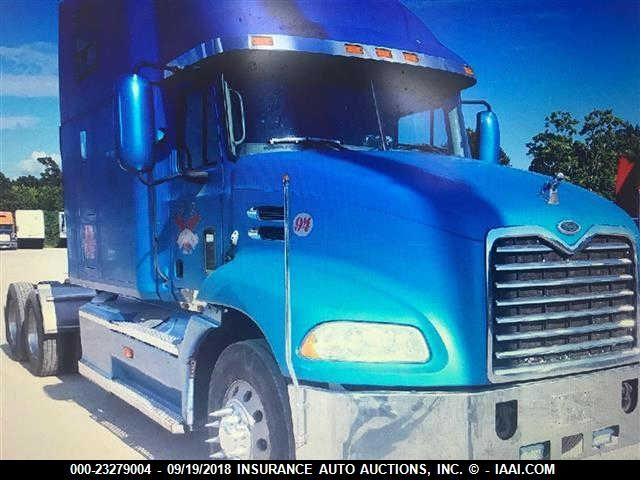 click here to view 2001 MACK CX613 at IBIDSAFELY