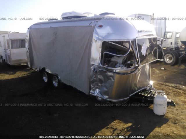 click here to view 2017 AIRSTREAM SEREN 23FB at IBIDSAFELY