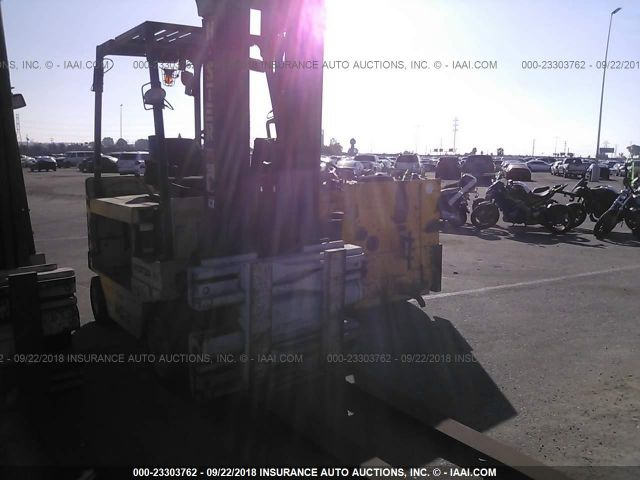 click here to view 2005 HYSTER E80Z at IBIDSAFELY